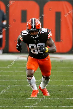 Cleveland Browns wide receiver Jarvis Landry (80) runs up the field during an NFL football game against the Las Vegas Raiders, in Cleveland