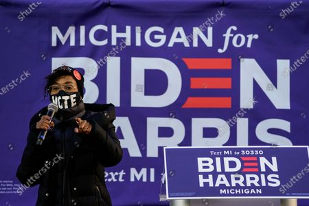 Actress Kerry Washington addresses the audience during canvas launch event at the parking lot of the 14th District Democratic Party Headquarters on Monday, Nov. 2, 2020 in Detroit, MI. With only a day remaining before the U.S. election and an unprecedented early voting turnout, President Donald Trump and Democratic nominee former Vice-President Joe Biden are campaigning in crucial swing states. (Kent Nishimura / Los Angeles Times)