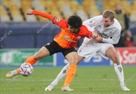 Stock Picture of Christoph Kramer (R) of Borussia Moenchengladbach and Taison (L) of Shakhtar Donetsk in action during the UEFA Champions League group B soccer match between FC Shakhtar Donetsk and VfL Borussia Moenchengladbach in Kiev, Ukraine, 03 November 2020.