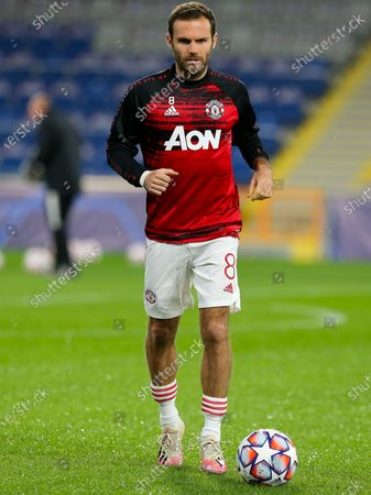 Manchester United warm up - Juan Mata of Manchester United