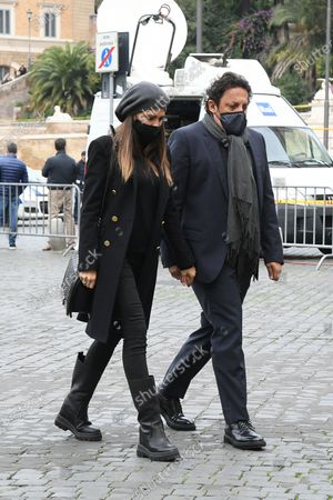 Stock Photo of Enrico Brignano and Flora Canto