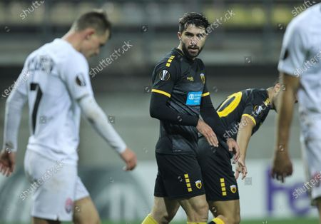 Karim Ansarifard (C) of AEK reacts after the UEFA Europa League group G soccer match between Zorya Luhansk and AEK Athens in Zaporizhia, Ukraine, 05 November 2020.