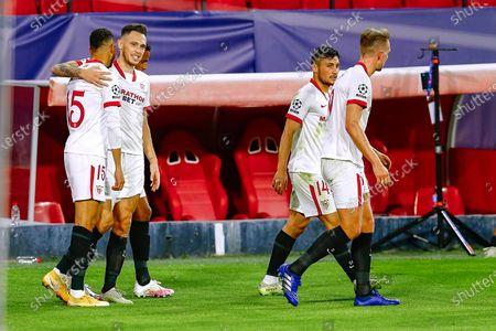 Youssef En Nesyri and Lucas Ocampos of Sevilla FC