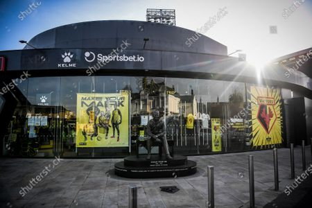 The Graham Taylor statue outside the Hornet Shop.; Vicarage Road, Watford, Hertfordshire, England; English Football League Championship Football, Watford versus Coventry City.