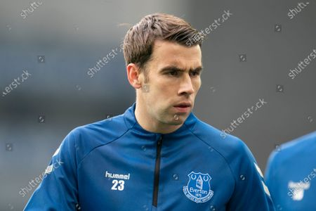 Everton's Seamus Coleman warms up before the game