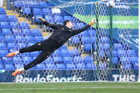 Asmir Begovic #1 of Bournemouth warming up