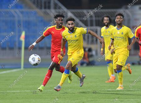 Al Nassr player Abdulrahman Al Obaid (C) in action during the Saudi Professional League soccer match between Al Nassr and Al Quadisiya at Prince Faisal bin Fahd Stadium, in Riyadh, Saudi Arabia, 07 November 2020.