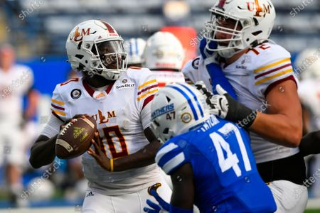 Louisiana Monroe quarterback Jeremy Hunt (10) passes as Georgia State linebacker Jhi'Shawn Taylor (47) is blocked by tackle Samuel Williams (72) during an NCAA football game on in Atlanta