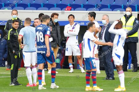 "(L-R) Shinji Okazaki (Huesca), Takashi Inui, Yoshinori Muto (Eibar) - Football / Soccer : Spanish ""La Liga Santander"" match between SD Huesca 1-1 SD Eibar at the Estadio El Alcoraz in Huesca, Spain."