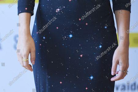 Anna Castillo, jewllery and dress detail