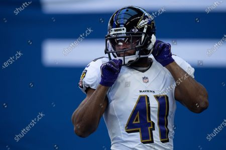 Baltimore Ravens linebacker Anthony Levine Sr. (41) warms up on the field before an NFL football game between the Indianapolis Colts and Baltimore Ravens, in Indianapolis