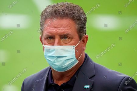 Former Miami Dolphins quarterback Dan Marino prior to an NFL football game against the Arizona Cardinals, in Glendale, Ariz