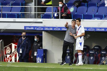 "Jose Luis Mendilibar, Yoshinori Muto (Eibar) - Football / Soccer : Spanish ""La Liga Santander"" match between SD Huesca 1-1 SD Eibar at the Estadio El Alcoraz in Huesca, Spain."
