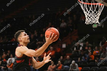 Stanford's Oscar da Silva drives to the basket during the first half of an NCAA college basketball game against Oregon State in Corvallis, Ore. Oscar da Silva will lead a young Cardinal team and take on the bulk of the scoring load. The junior forward from Munich, Germany, led Stanford in scoring and rebounding last season, averaging 15.7 points and 6.4 rebounds