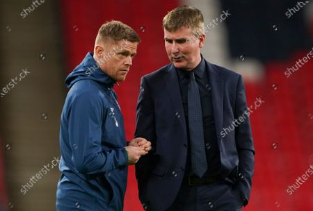 Republic of Ireland coach Stephen Kenny chats with Damien Duff