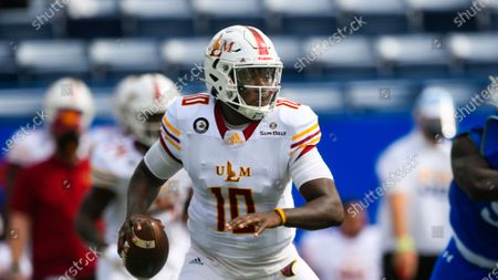 Stock Image of Louisiana Monroe quarterback Jeremy Hunt (10) plays during an NCAA football game against Georgia State on in Atlanta