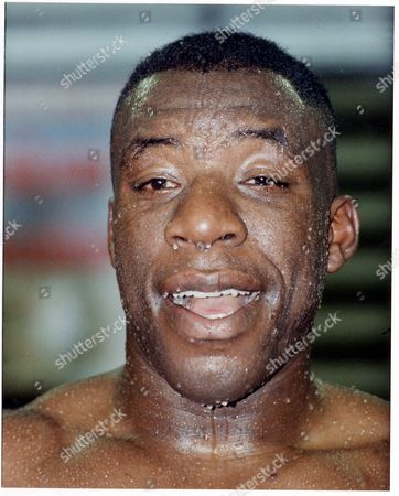 Gary Mason - Boxer - 1990 Happy Gary Mason British Heavyweight Champion Gary Mason Did Everything Right At The Royal Albert Hall Last Night But It Took Him Almost Nine Rounds To Stop A Brick-built Pillarbox Names James Pritchard. Picture Desk ** Pkt3798-272000