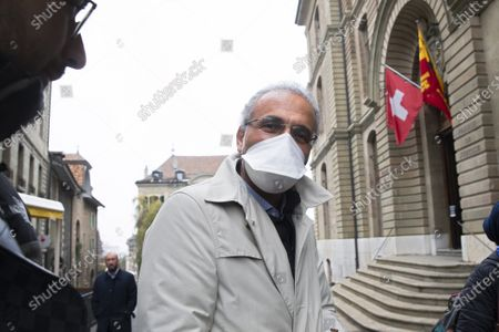 Swiss leading Islamic scholar Tariq Ramadan leaves Geneva's courthouse after a first hearing with Geneva's prosecutor as part of an investigation over sexual assault, in Geneva, Switzerland, 10 November 2020. This is the first time the Islamologist leaves France since he was indicted in Paris on February 2018. His judicial supervision, which prohibited him from travelling outside France, was amended last month to allow him to take part in the hearing in Geneva.