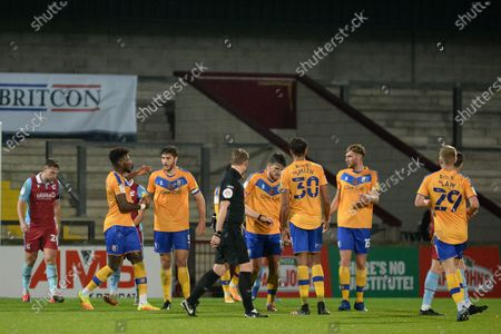 Ryan Sweeney (5) of Mansfield Town scores a goal 1-0 and celebrates during the EFL Trophy match between Scunthorpe United and Mansfield Town at the Sands Venue Stadium, Scunthorpe