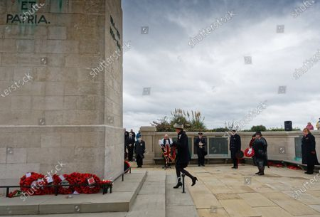 Mrs Roberta Louise Fleet JP, the Lord Lieutenant of West Glamorgan lays a wreath during Armistice Day at the cenotaph in Swansea