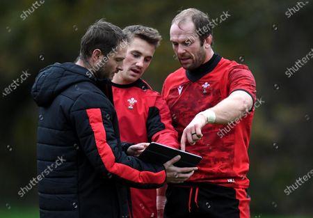 Rhodri Bown, Jonathan Davies and Alun Wyn Jones during training.