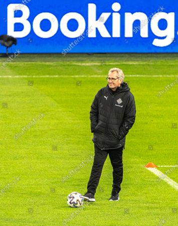 Head coach Erik Hamren leads a training session at the Puskas Arena in Budapest, Hungary, 11 November 2020. Iceland will face Hungary in their UEFA EURO 2020 qualification play-off soccer match on 12 November 2020.