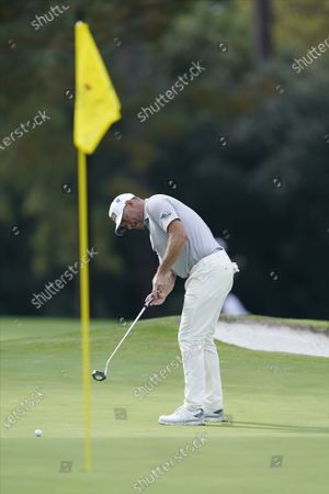 Lee Westwood of England putts on the seventh hole during the first round of the 2020 Masters Tournament at the Augusta National Golf Club in Augusta, Georgia, USA, 12 November 2020. After being delayed seven months by the coronavirus pandemic, the 2020 Masters Tournament is being held without patrons 12 November through 15 November.