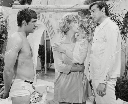 Joel Fabiani as Stewart Sullivan, Patricia Haines as Veronica Bray and Simon Oates as Mike Taylor