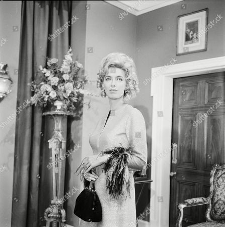 Patricia Haines as Veronica Bray