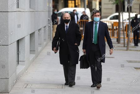 Former Home Affairs minister Jorge Fernandez Diaz (L) at his arrival to the National Court in Madrid, Spain, 13 November 2020 where he is accused in 'Kitchen' case, an allegedly illegal spying operation against the former Popular Party treasurer Luis Barcenas.