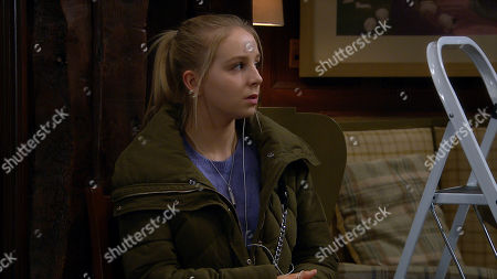 Emmerdale - Ep 8890 Tuesday 17th November 2020 Nate Robinson reveals to Belle Dingle, as played by Eden Taylor-Draper, that Tracy is having a wobble, but is quick to reassure her Tracy doesn't blame her for this. Lisa's voice then warns Belle she has to protect her family.