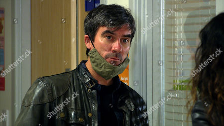 Emmerdale - Ep 8891 Wednesday 18th November 2020 Chas Dingle, as played by Lucy Pargeter, tells Cain Dingle, as played by Jeff Hordley, to get revenge on Jamie for what he's put Belle through.