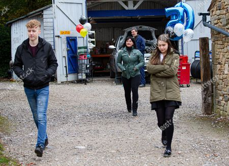 Emmerdale - Ep 8901 Monday 30th November 2020 It's Cain Dingle's, as played by Jeff Hordley, birthday and Noah Tate, as played by Jack Downham, and Sarah Sugden, as played by Katie Hill, surprise him at the garage. Moira Dingle, as played by Natalie J Robb, suggests Cain comes home for lunch as it'll just be the two of them, but is soon disappointed.