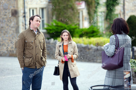 Emmerdale - Ep 8895 Monday 23rd November 2020 Gabby Thomas, as played by Rosie Bentham, lays into Liam Cavanagh, as played by Jonny McPherson, they're both surprised when Leyla Harding, as played by Rokhsaneh Ghawam-Shahidi, interrupts their argument.