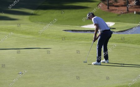 Justin Rose of England on the ninth hole during the second round of the 2020 Masters Tournament at the Augusta National Golf Club in Augusta, Georgia, USA, 13 November 2020. After being delayed seven months by the coronavirus pandemic, the 2020 Masters Tournament is being held without patrons 12 November through 15 November.