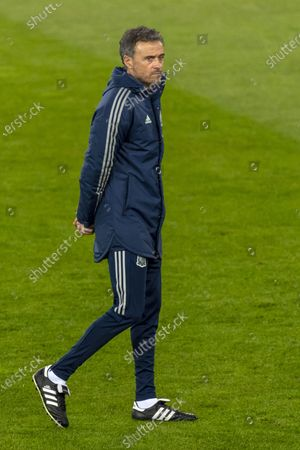 Spain's national soccer team head coach Luis Enrique during a training session on the eve of the UEFA Nations League group D soccer match between Switzerland and Spain at the St. Jakob-Park stadium in Basel, Switzerland, 13 November 2020.