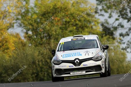 Stock Photo of 2017 Renault Clio Cup, Brands Hatch, Kent. 30th September - 1st October 2017, Ben Palmer World copyright. JEP/LAT Images