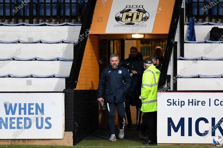 Barrow AFC manager David Dunn during the EFL Sky Bet League 2 match between Cambridge United and Barrow at the Cambs Glass Stadium, Cambridge