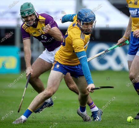 Clare vs Wexford. Clare's Shane O'Donnell and Shaun Murphy of Wexford