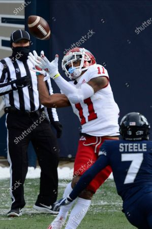 Stock Image of Fresno State Bulldogs wide receiver Josh Kelly (11) catches a pass during the first in an NCAA football game on in Logan, Utah