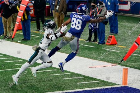 Stock Image of New York Giants' Evan Engram (88) is forced out of bounds during the second half of an NFL football game, in East Rutherford, N.J. The catch was out of bounds