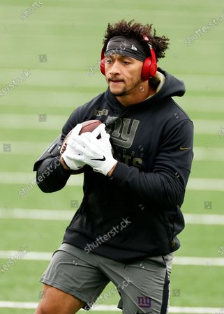 Stock Photo of New York Giants tight end Evan Engram (88) warms up before an NFL football game against the Philadelphia Eagles, in East Rutherford, N.J