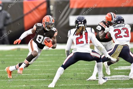 Cleveland Browns wide receiver Jarvis Landry (80) rushes during the second half of an NFL football game against the Houston Texans, in Cleveland