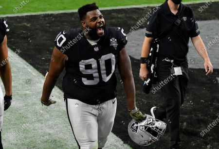 Las Vegas Raiders defensive tackle Johnathan Hankins #90 leaves the field after defeating the Denver Broncos during an NFL football game, in Las Vegas