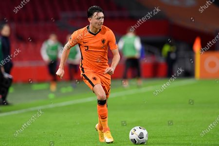 Netherlands' Steven Berghuis controsl the ball during the UEFA Nations League soccer match between The Netherlands and Bosnia and Herzegovina at the Johan Cruyff ArenA in Amsterdam, Netherlands