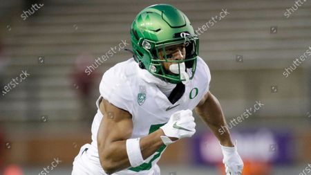 Oregon wide receiver Johnny Johnson III runs a route during the second half of an NCAA college football game against Washington State in Pullman, Wash., . Oregon won 43-29
