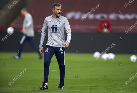 Luis Enrique, Manager of Spain reacts during a training session ahead the UEFA Nations League group stage match between Spain and Germany