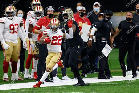 San Francisco 49ers cornerback Jason Verrett (22) is stopped by New Orleans Saints offensive tackle Terron Armstead (72) during an NFL football game, in New Orleans
