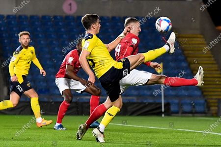 Oxford United midfielder Alex Rodriguez Gorrin(6) takes a shot at goal during the EFL Sky Bet League 1 match between Oxford United and Crewe Alexandra at the Kassam Stadium, Oxford
