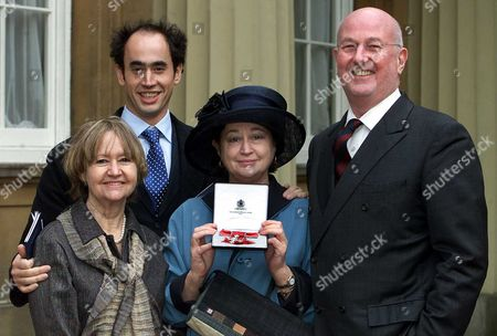 Stock Photo of Evening Standard Restaurant Critic Fay Maschler Pictured With Her Family Beth Coventry Ben Maschler Reg Gadney After Receiving Her Obe At Buckingham Palace.